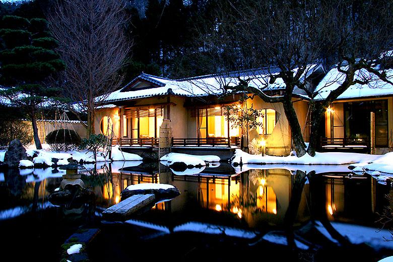 冬の離れ・庭園