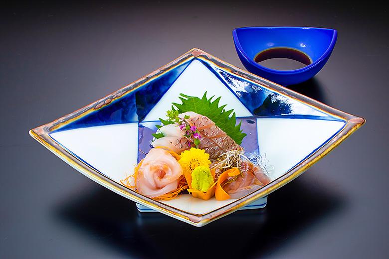 【お造り】庄内産真鯛のお造り 三種造り盛り合せ
